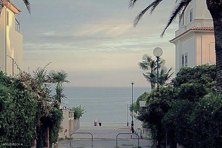 Roma Street Photography Fashion&love&beauty Photo Cityscapes Italy Taking Photos Relax Enjoying Life Sea
