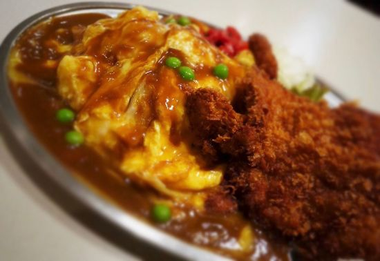 Omurice Omelette Rice Omelette With Rice Egg Pork Cutlet Japanese Pork Cutlet Tonkatsu Japanese Food In Plate Table Photograph Demi-glace Sauce EyeEm Food Photography Food Photography Close-up Food