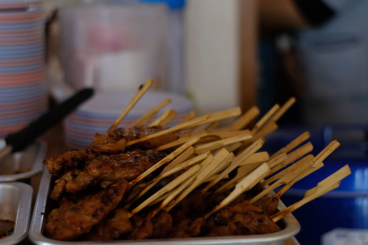 Food And Drink Food Indoors  Close-up Skewer Focus On Foreground Ready-to-eat Freshness Still Life Meat Selective Focus No People Plate Table Fried Wellbeing Healthy Eating Chopsticks Large Group Of Objects Barbecue Temptation Snack Chinese Food