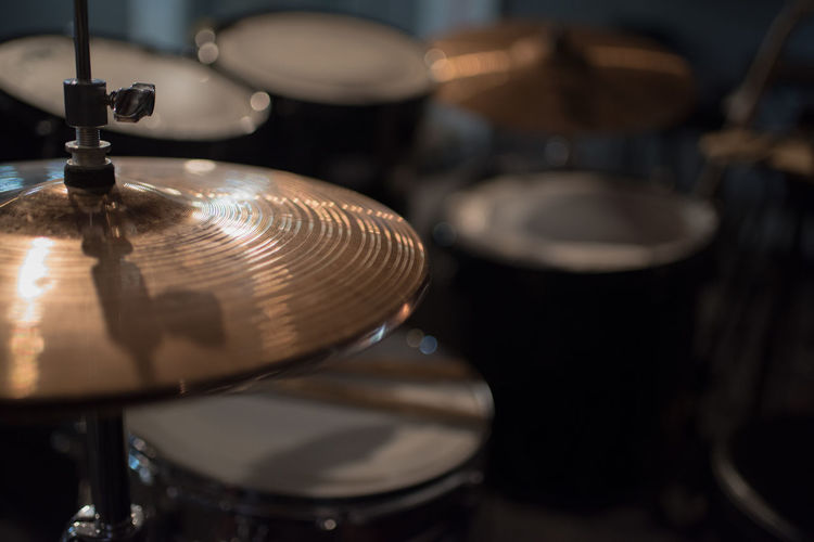 drums please Arts Culture And Entertainment Close-up Cymbal Drum Drum - Percussion Instrument Drum Kit Equipment Focus On Foreground Indoors  Metal Music Musical Equipment Musical Instrument No People Percussion Instrument Retro Styled