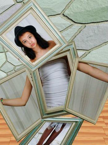 Model Pretty Girl Photoshop Frame It! Childsplay
