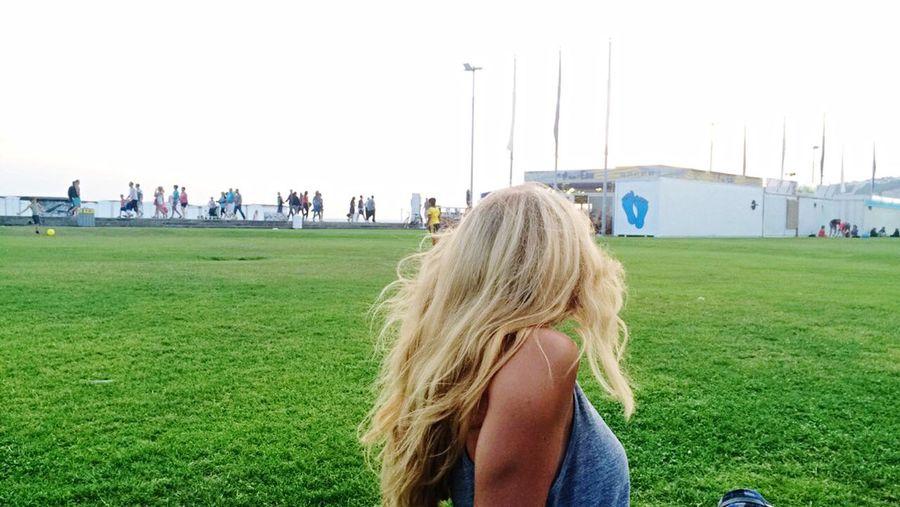 Amis D'enfance Zelda Plage LH Avec Les Coupains Blonde Girl Vacance Eté☀️