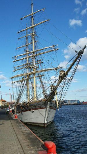 Sverige Oskarshamn Sailboat Sail Away, Sail Away Tre Kronor I love this old ships.