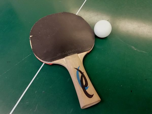 Table tennis equipment Racket Ball Table Tennis Ball Table Tennis Racket Green Table Eyeemsports EyeEm Sports Huaweiphotography EyeEm Selects Tennis Court Blackboard  Sport Racket Sport Tennis Ball Close-up Table Tennis