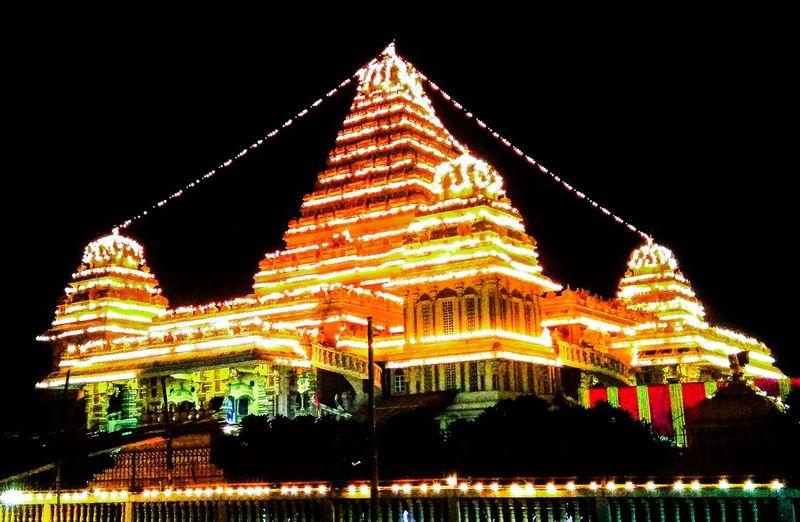 Festival season in India Spiritualality Religion Illuminated New Delhi Yudhvir Temples Architecture Hinduism