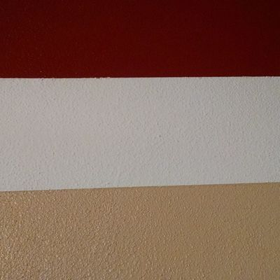 The kitchen colors are on the wall.