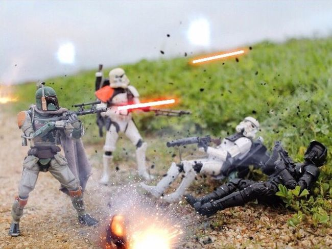 """We have been spotted! We have to get to higher ground!"" Starwars Starwarstoys Starwarstoypics Starwarstoyfigs Starwarsblackseries6inch Starwarsblackseries Revoltechbobafett Starwarsblackseriessandtrooper Sandtrooper Stormtrooper TBSFF Toyleaguestarwars Toystagram_starwars Toycommunity Toyboners Toydiscovery Toyplanet Ohiotoykick Toyphotography Toyslagram Toystagram Actionfigurephotography Toyartistry Scouttrooper Toyartistry_elite"