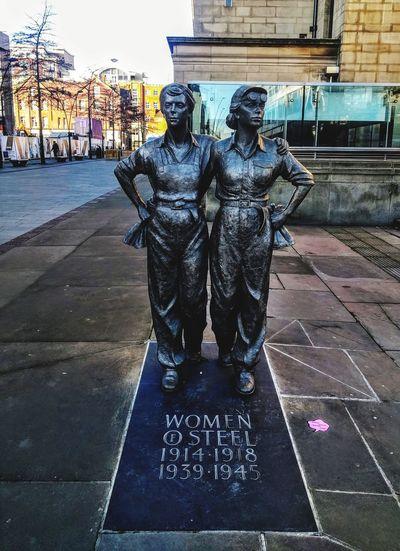 Women Womenofstreetart Sheffield Arts Culture And Entertainment Statue Sculpture Outdoors Metalwork Metal Art Human Representation Steelcity Uk