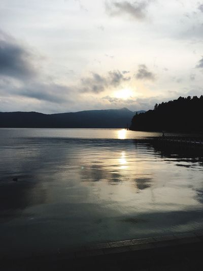 Water Sky Nature Beauty In Nature Cloud - Sky Reflection Scenics Sea Tranquil Scene Tranquility No People Outdoors Sunset Beach Mountain Day Lake Iphonephotography Lakeashi