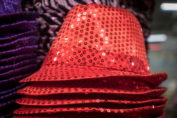 Fashion Hat Reflection Sale Bonnet Cap Close-up Day Dummy Dummy Heads For Sale Hats Indoors  No People Part Of Body Party Red Retail  Shop Store