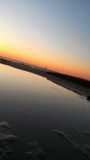 Summer Views Horizon Enjoying Life Seascape EyeEm Best Shots Life Is A Beach Dawn Samsung Galaxy S3 Mini In A Sea Town Enjoying The Sun