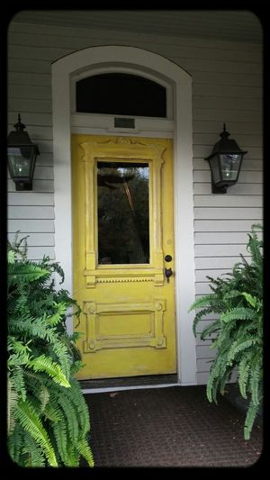 Antiquing in middle Tennessee EyeEm Best Shots - Architecture Yellow Doors Streamzoofamily