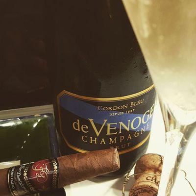 Die kleinen Freuden eins Jungunternehmers :) Champagner Cigar Devenoge