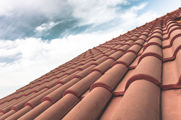 Architecture Background Backgrounds Beautifully Organized Brick Wall Bricks Built Structure Check This Out Exceptional Photographs EyeEm Best Edits First Eyeem Photo In A Row Pattern Pattern Pieces Pattern, Texture, Shape And Form Popular Photos Red Roof Roof Tile Roof Top Sky And Clouds Taking Photos Tiled Roof  Adapted To The City Minimalist Architecture Millennial Pink EyeEm Diversity The Architect - 2017 EyeEm Awards An Eye For Travel
