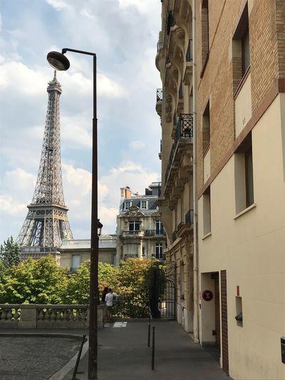 Avenue de camoens paris Avenue De Camoens Tour Eiffel Paris