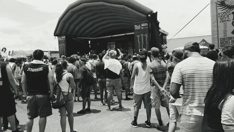 Live Music Notes From The Underground Blackandwhite Photography Follow Me Where The Wild Things Are 2015 Warped Tour Concert Concert Photography People Music Brings Us Together