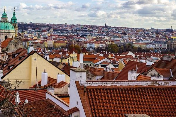 The endless sea of Prague. The weather on this day chilled to the bone and cracked the skin on my hand. I think I saw some human poop on the street, too. Keep up the good work, Prague. POTD Prague Czech Travel Ryce Travelphotography City Skyline Horizon