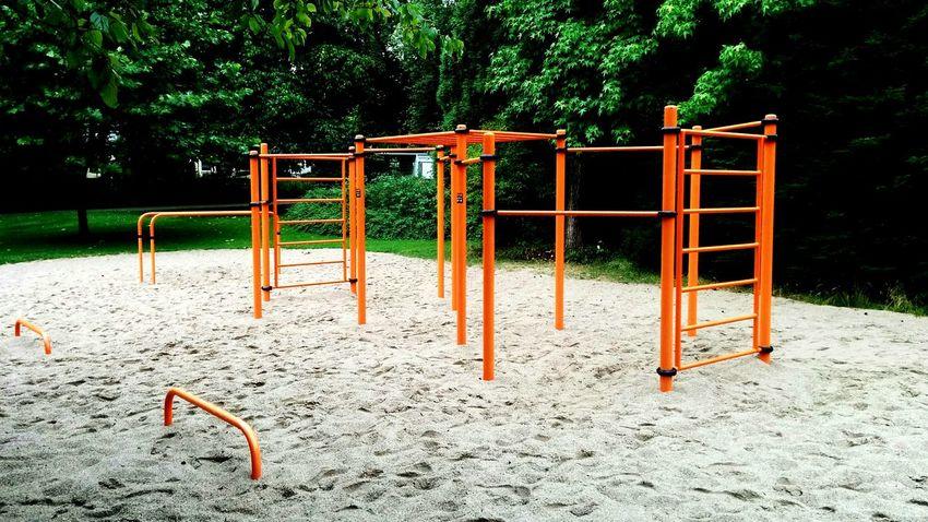 Spielplatz für Männer --> Workout My Gym Fitness Body & Fitness Freeletics Sport Dont Cry Fitnesspark Calistenics Klimmzüge