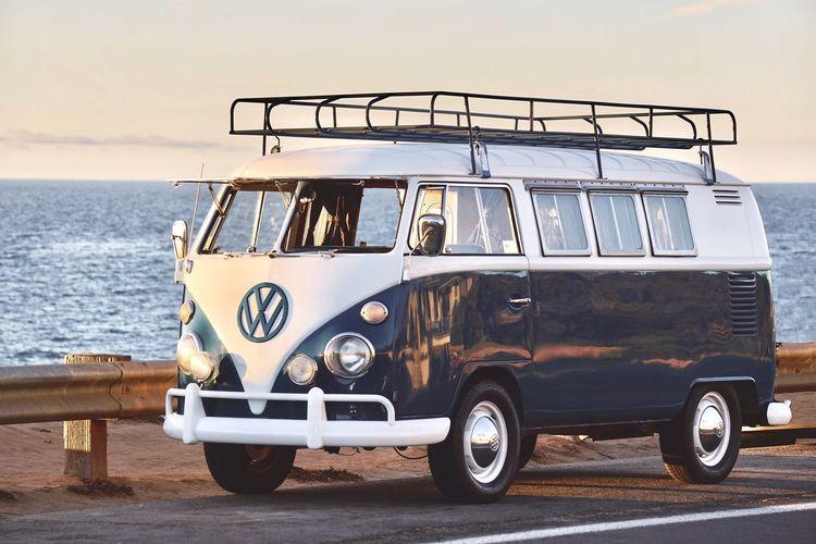 Coastline Surfer Life VW Beach Bus Day Kombi Mode Of Transport Nature No People Outdoors Sea Sky Transportation Van Volkswagen