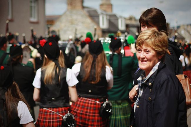 The joy of watching 11 pipebands marching together at the Dufftown Highland Games Pipeband Scotland Highland Games