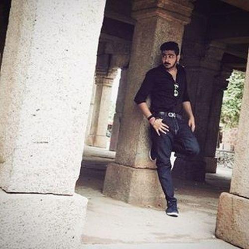 Reputation ☑ Name ☑ Fame ☑ Cash ☑ Branded_accessories ☑ Sab hai Bs agar kisi chiz ki Kami hai to Vo hai . . . Ishqwalalove ❤ KkLOVE 😘