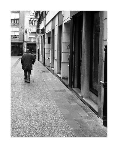 Poladesiero Solitary One Man Only Streetphotography Black And White Blackandwhite Photography Blancoynegro Black And White Photography Pola De Siero Blackandwhitephotography Outdoor Photography Streetphoto Real People Blackandwhite Black & White Solitary Man Oldpeople