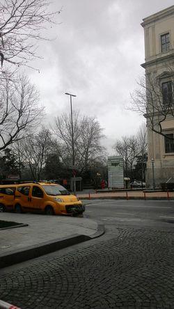 Pazar sabahı taksim ;)