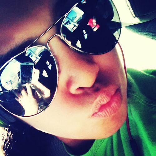 Kiss:)