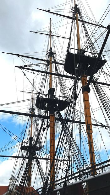 Low Angle View Cloud - Sky Sky Outdoors Vessel In Port Wooden Ship Frigate Tall Ship Sailing Ship Nautical Vessel Architecture Built Structure Mode Of Transport Vessel Travel Destinations Historic Outdoor Photography Water_collection Harbour View Quayside Mooring Transportation Harbour Scenics Design
