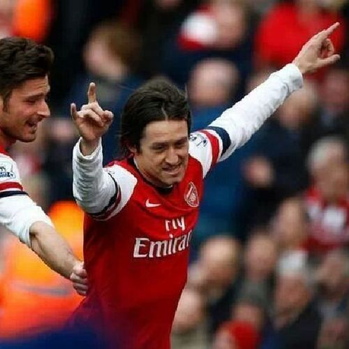 The best player in Arsenal I love him 7roz