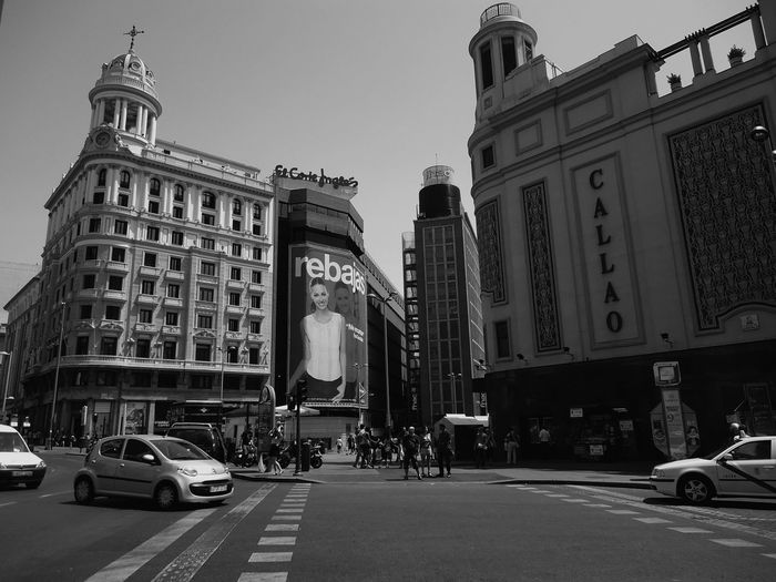 Bw_madrid Somosfelices EyeEm Best Shots - Black + White Taking Photos