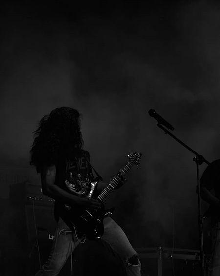 Travel Night Blackandwhite College Event Vcet Celebration Rockband Carnage Trashmetal Guitar Guitarist Headbang Dance Fun Raiseurhands MAKESOMENOISE
