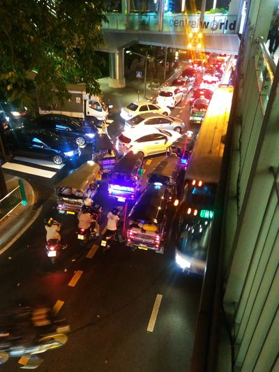 Tradfic jam at night Night Thailand Transportation Car Traffic Jam Bangkok City Life Transport Road City Dark Taxi Night Life The Street Photographer - 2016 EyeEm Awards