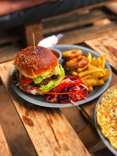 Ready-to-eat Food And Drink Food Burger Unhealthy Eating Fast Food Sandwich No People Still Life Hamburger Indoors  Freshness