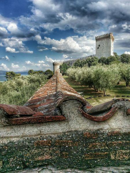Castiglione Del Lago Castle Borgo Antico Eye4photography  EyeEmBestPics EyeEm Gallery Urbanexploration Lake Eyeem2015 EyeEm Best Shots