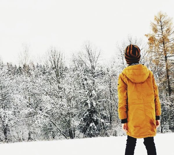 winter 🌎 Winter Clothing Rear View Warm Clothing Snow Cold Temperature Real People First Eyeem Photo