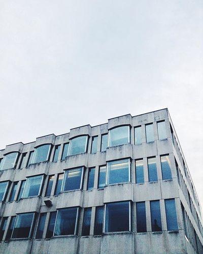 🏢💷 Brutalism SOBRUTAL Minimalism Architecture Archilovers Vscocam VSCO Wanderlust Travelgram Rsa_light Lookingup
