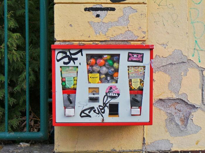 Bubblegum Chewing Gum Chewing Gum Vending Machine Kaugummi Kaugummiautomat Kaugummiautomaten Red Rot Wall Wand