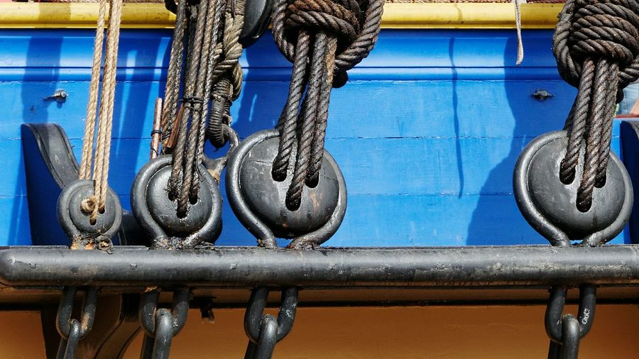 L'hermione Hermione Rope Ropes Ropes Boats Sailing Sailboat Sailing Boat Old Sailing Ships History Historical Boat Nautical Vessel Sailing Ship Blue Hanging Harbor Rope Close-up Historic Boat