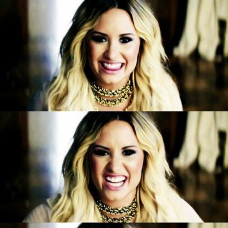 Demi Lovato ❤ Let It Go ❤