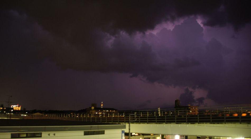 数日前の大雨の日。稲光!稲妻は時間が無くて撮れなかったからまた時間ある時に撮りたいな♪ Lightning Heavy Rain Japan Cloud