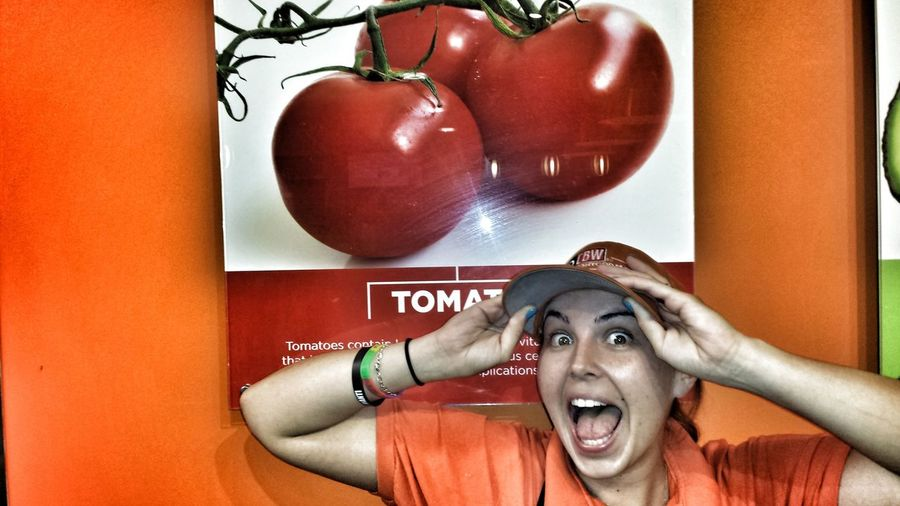She loves tomatoes Healthy Stuff Streamzoofamily MyFoodPics Taking Photos