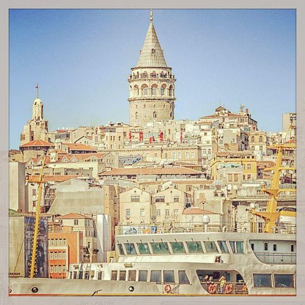 Galata Galatakulesi Galatatower Mimari architech history city istanbul eminonu karakoy house
