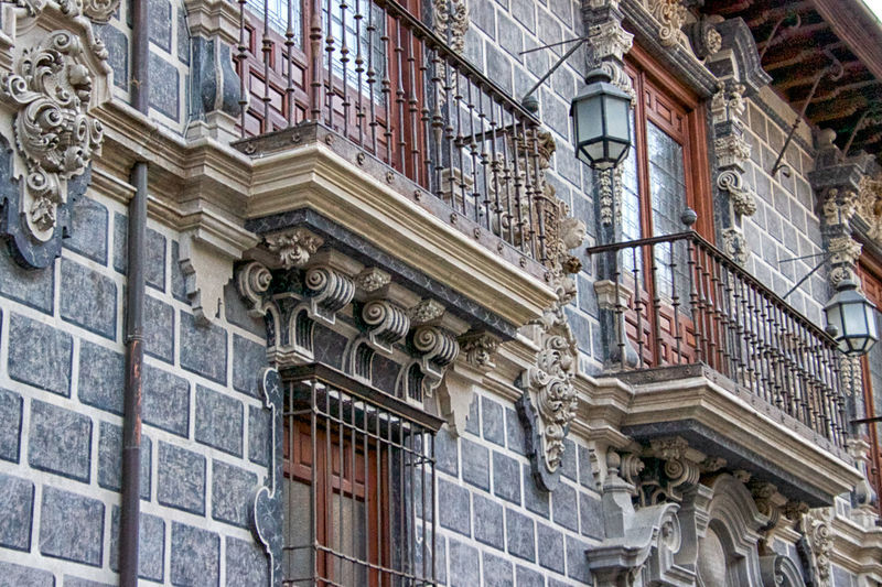 Architecture Building Exterior Built Structure Low Angle View Building No People Day History The Past Window Art And Craft Old Outdoors Ornate City Full Frame Backgrounds Sculpture Carving - Craft Product Craft Classical Style