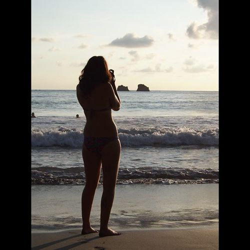 @lauren_e_venables taking more pictures of the sunset on the beach at Manuel Antonio, Costa Rica (she takes her camera everywhere!!!!) ---------------------------------------- Girlfriend Mygirlfriend Girlfriendphoto Girlfriendphotography Manuelantonio Manuelantoniobeach Costarica Costarica2015 Explorecostarica Photographer Travel Travels Travelling Travellife Wanderlust Olympus Beachlife Beach Beachbabe Hotstuff Babe Silouette Sunset Sunsetlovers Sunrise_sunsets_aroundworld
