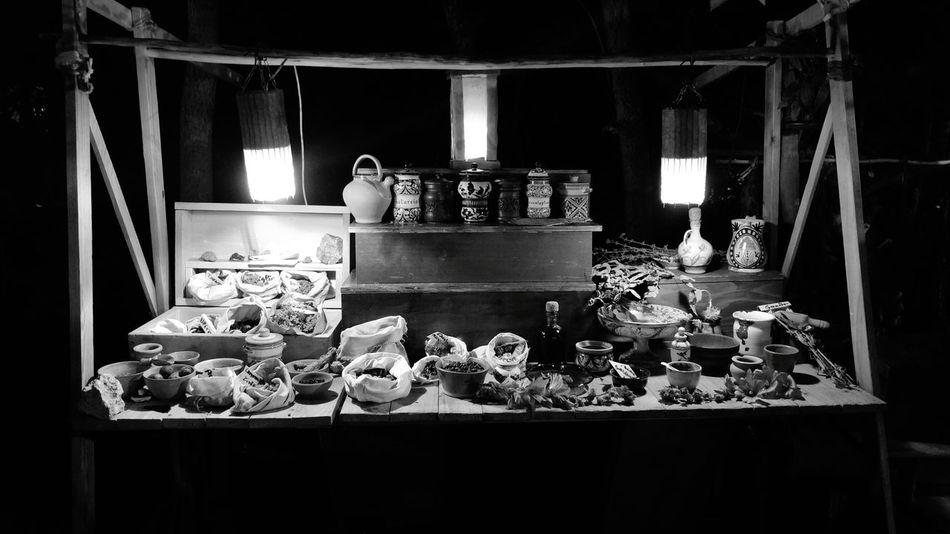 Poison Market Erboristeria Ancient Medications