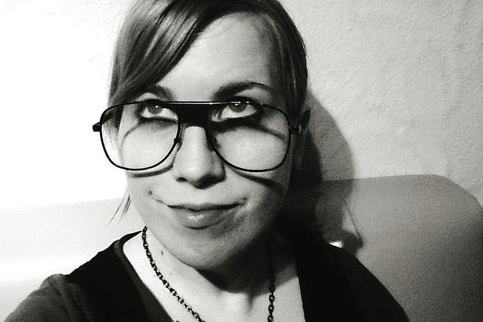 Großebrillensollenalsomodernsein Me Papasbrille Gutenacht HASHTAG Monamou Blablabla😺 Whatever Blub