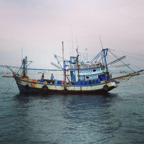 Pêcheur sur la mer de Koh Chang Sea Snorkelling