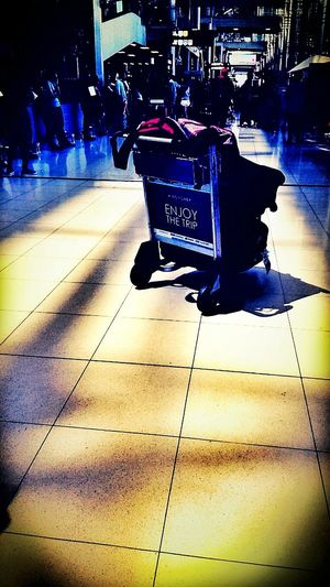 Traveling Airport Waiting Bangkok Airport Check This Out Snapshots Of Life Captured Moment Enjoying Life Still Life Suvarnabhumi Airport SuvarnabhumiAirport Tourism Arrivals Deparures At The Airport Airport Life On A Trip