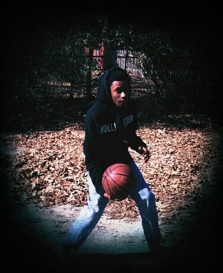 This dude really Took pictures lml.. #Hoopin #CaliSwagg #PoloJeans